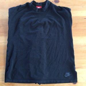 Nike sleeveless shirt